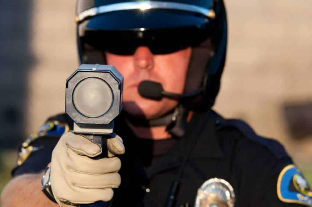 מהירות מופרזת עונש | מהירות מופרזת שלילה | עורך דין ערן עקראוי