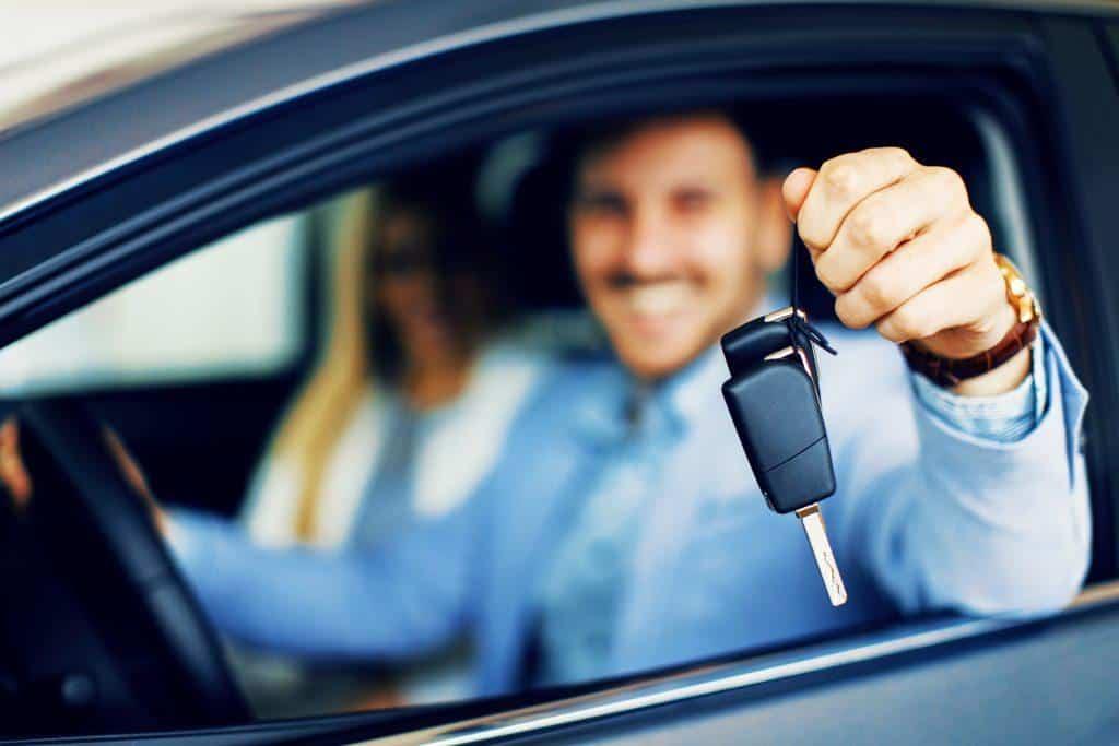 """מה העונש על נהיגה ללא מלווה לנהג חדש - עו""""ד ערן עקראוי"""